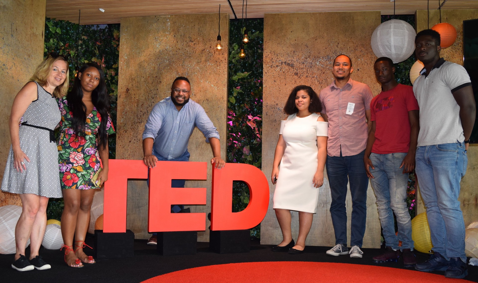 Digital Scholars give their final presentations at TED HQ